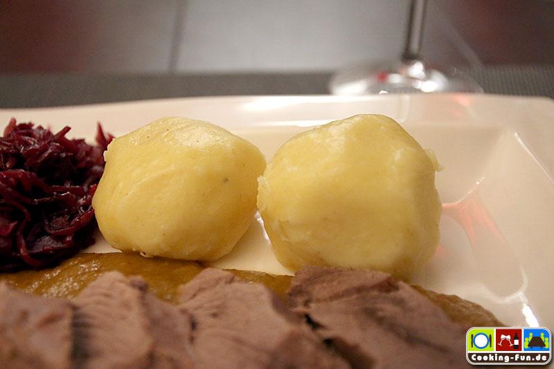 Kartoffelklöße als klassische Beilage
