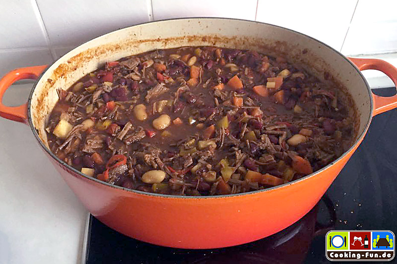 chili-con-carne-mit-pulled-beef