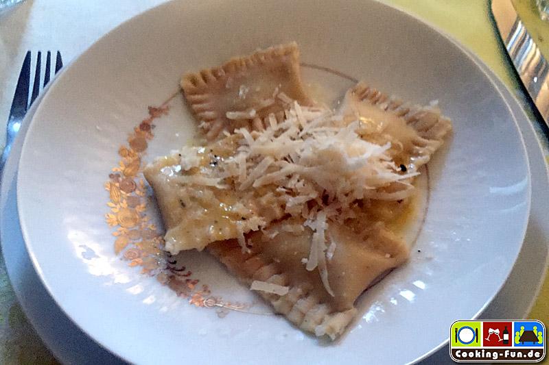 Spargel-Ravioli glutenfrei – mit Zitronenbutter