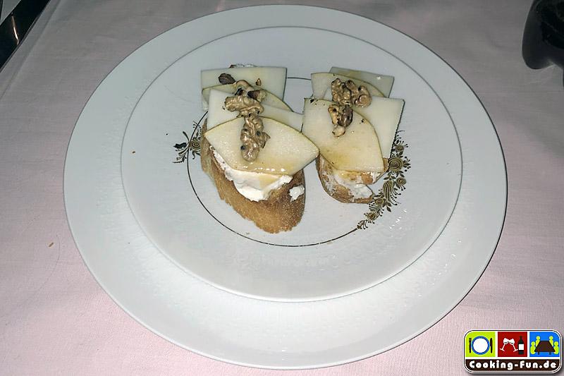 Bruschetta von Ziege-Birne-Honig
