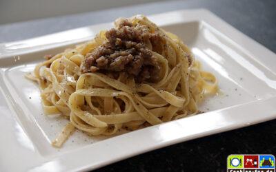 Pasta (Bìgoli) in Salsa